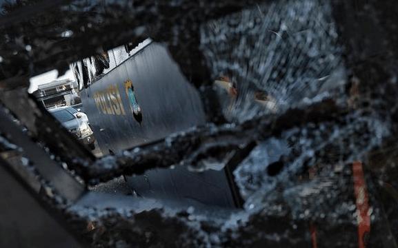 Penyerang Polsek Ciracas Pukuli Warga Sipil