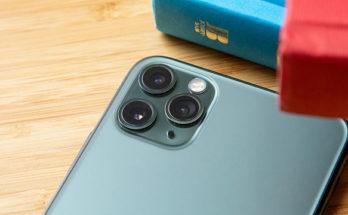 Apple Akui Ada Masalah Layar Hijau pada Semua iPhone