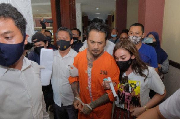 Sidang Kuasa Hukum akan Laporkan Hakim ke MA